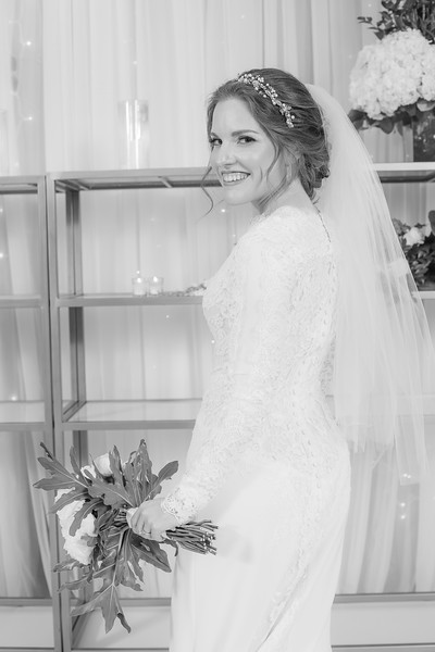 Miri_Chayim_Wedding_BW-231.jpg