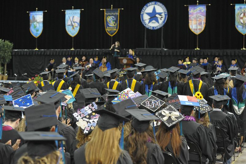 051416_SpringCommencement-CoLA-CoSE-0434.jpg