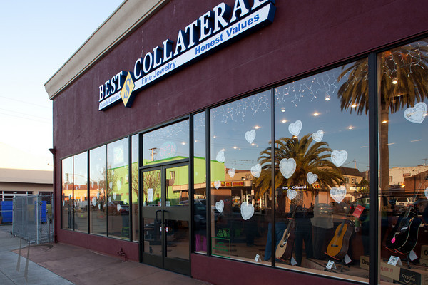 012711_Ribbon Cutting @ Best Collateral