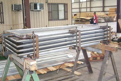Rectangular Expansion Joint For Chemical Plant (11/09/2001)