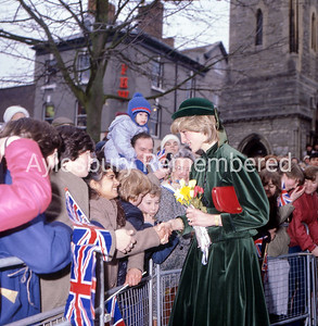 Princess of Wales opens Hale Leys Shopping Centre, Mar 2nd 1983
