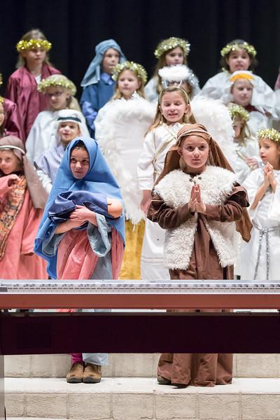1st grade Christmas program (24 of 49).jpg