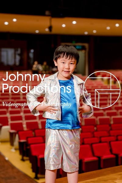 0079_day 1_orange & green shield portraits_red show 2019_johnnyproductions.jpg