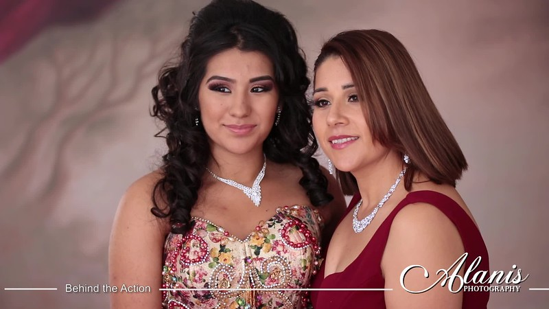 Tampa_Bay_Quinceanera_Photographer_Michele_Red1.mp4