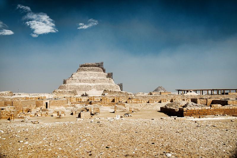 saqqara_unas_tomb_serapeum_dahshur_red_bent_pyramid_20130220_5077.jpg