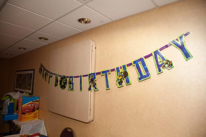 Brendon 4th Birthday October 26, 2013 0078.JPG
