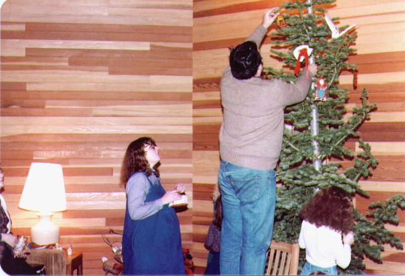Michelle & Mike, 12-25-83 .jpg