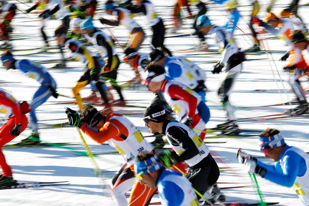 . Cross-country skiers start during the Engadin Ski Marathon on the frozen Lake Sils near the village of Maloja March 10, 2013. More than 12,000 skiers participated in the 26.2 miles race between Maloja and S-chanf near the Swiss mountain resort of St. Moritz. REUTERS/Michael Buholzer
