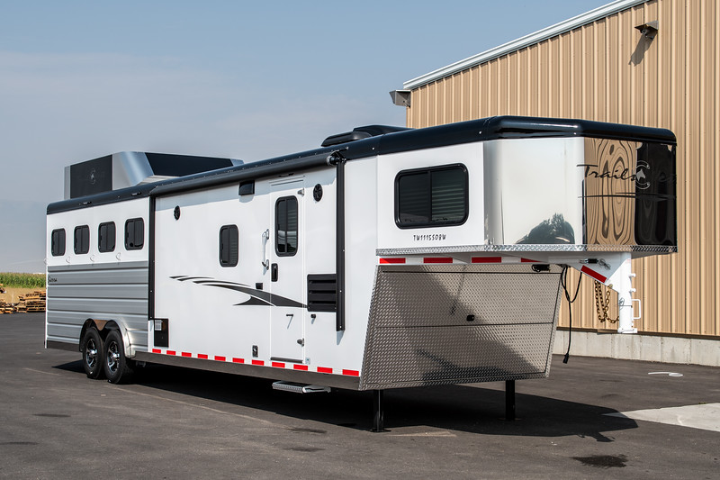 2019 TW Horse Trailers & Tack Rooms-167-2.jpg