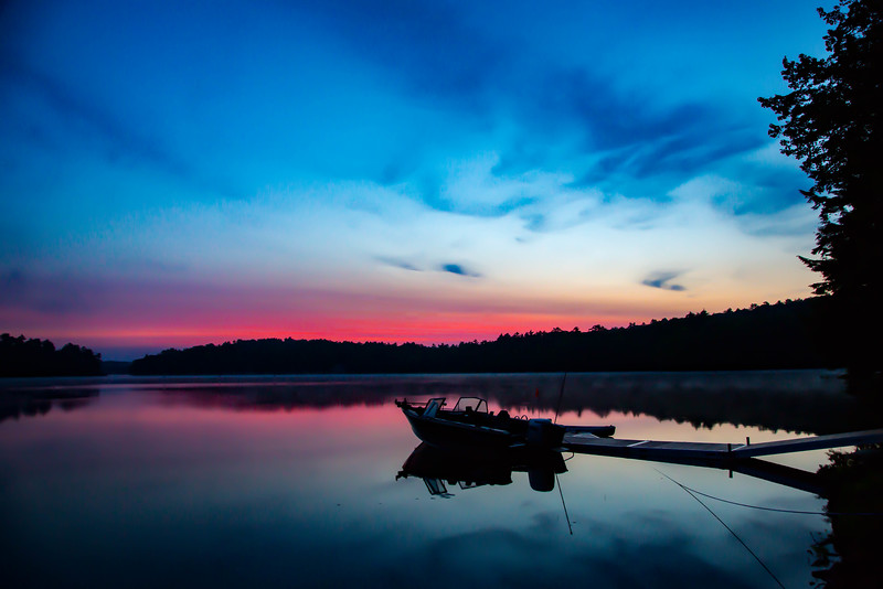 DAWN AT DAMARISCOTTA LAKE