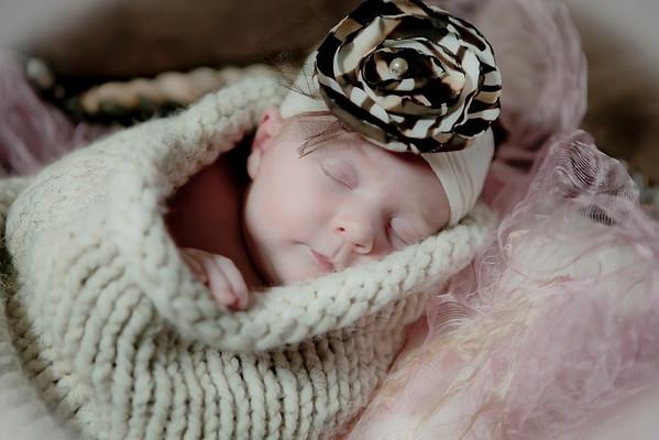 Welcome Newborn Baby Kylie