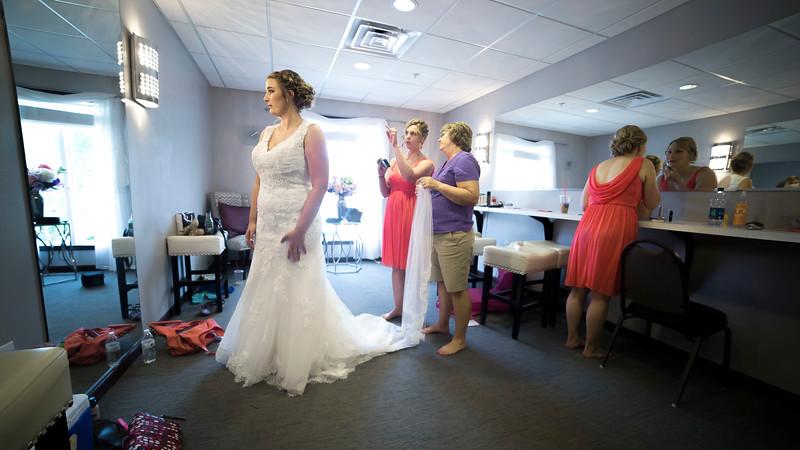 Laura & AJ Wedding (0154).jpg