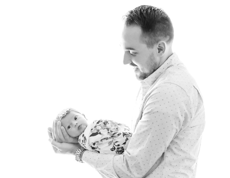 bwcontrast-newport-babies-photography-8465-1.jpg