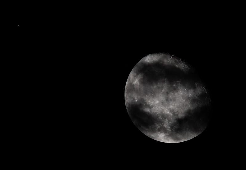 MoonUranus_090620-008