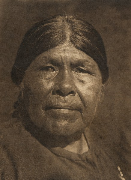 A Chukchansi woman (The North American Indian, v. XIV. Norwood, MA, The Plimpton Press, 1924)