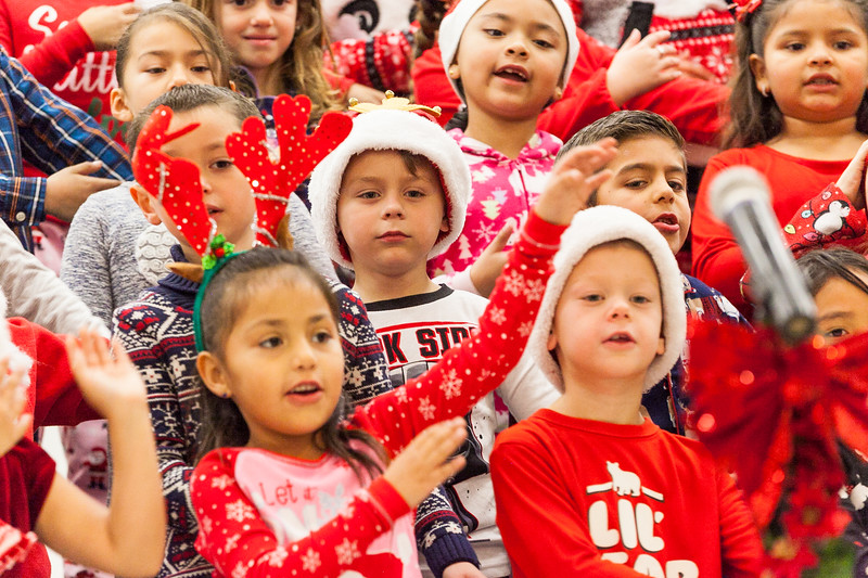 Christmas First Grade-48.jpg