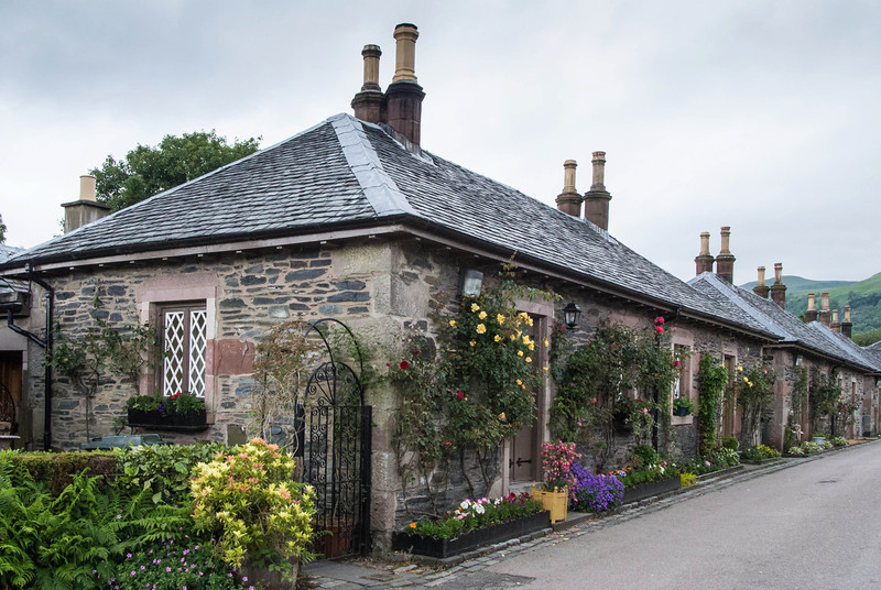 Considering building an out-building at home like a Scottish Cottage