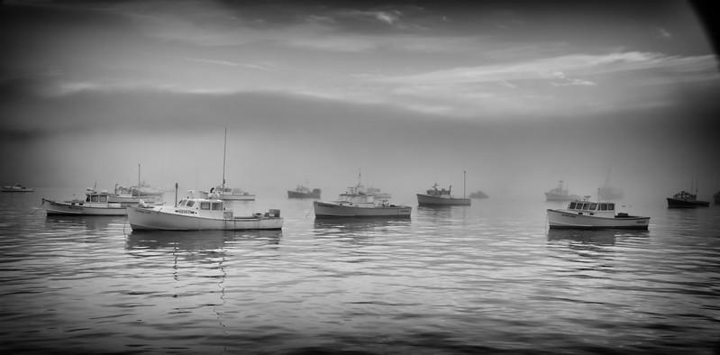 Lobster boars in harbor3.jpg
