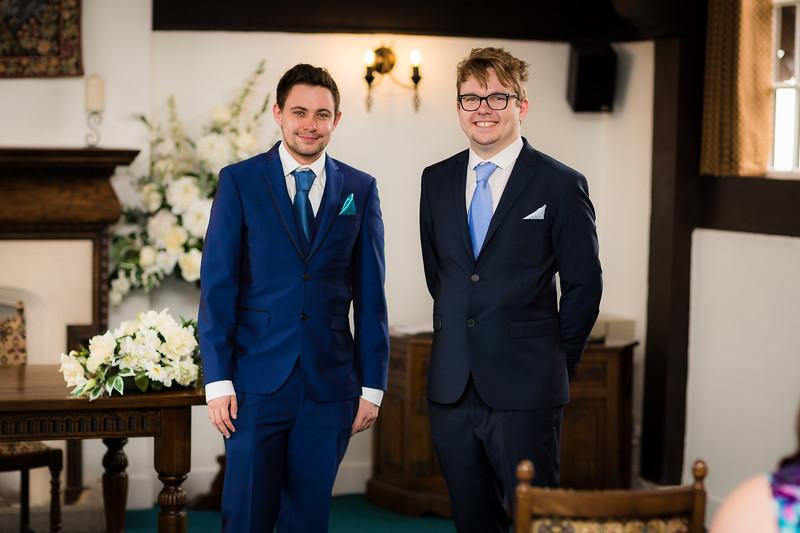 Mayor_wedding_ben_savell_photography_bishops_stortford_registry_office-0045.jpg