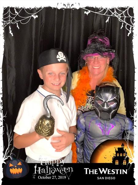 Westin_Halloween_Party_2019_photo_6.jpeg