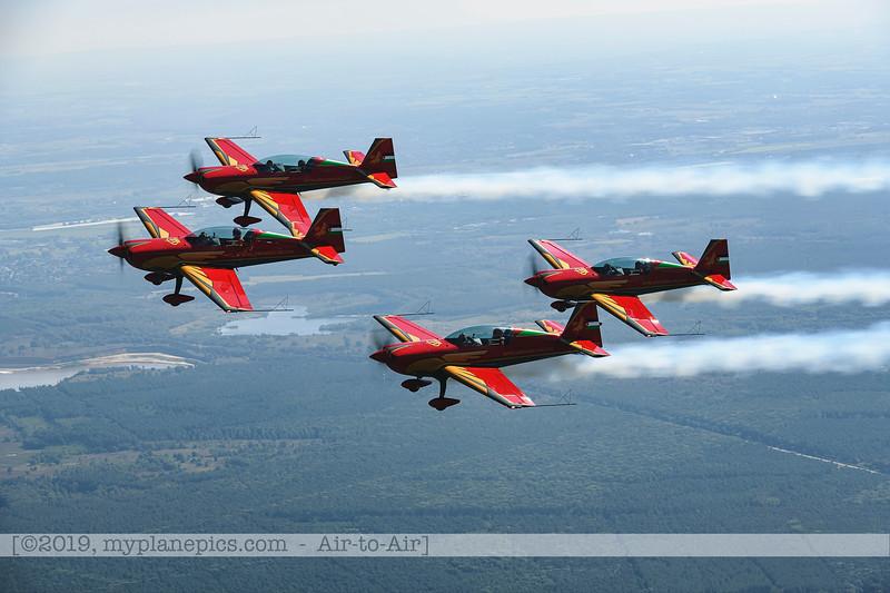 F20190914a132708_2703-Royal Jordanian Falcons-Extra 330LX-a2a.jpg