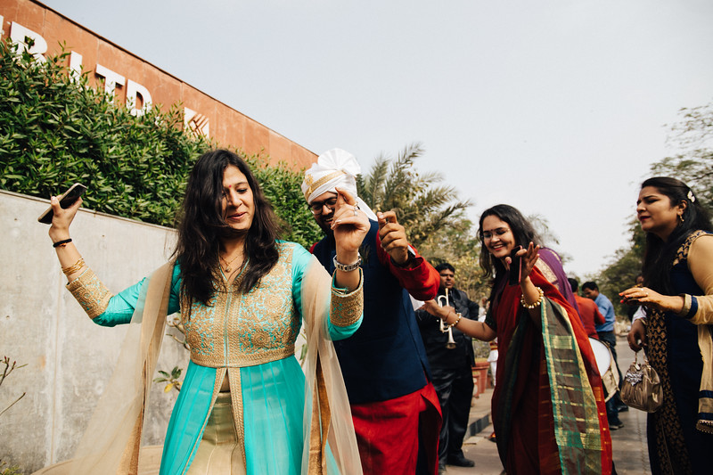 Poojan + Aneri - Wedding Day EOSR Card 1-0345.jpg