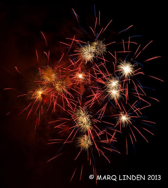 Newport Dunes Fireworks 07042013-043.jpg