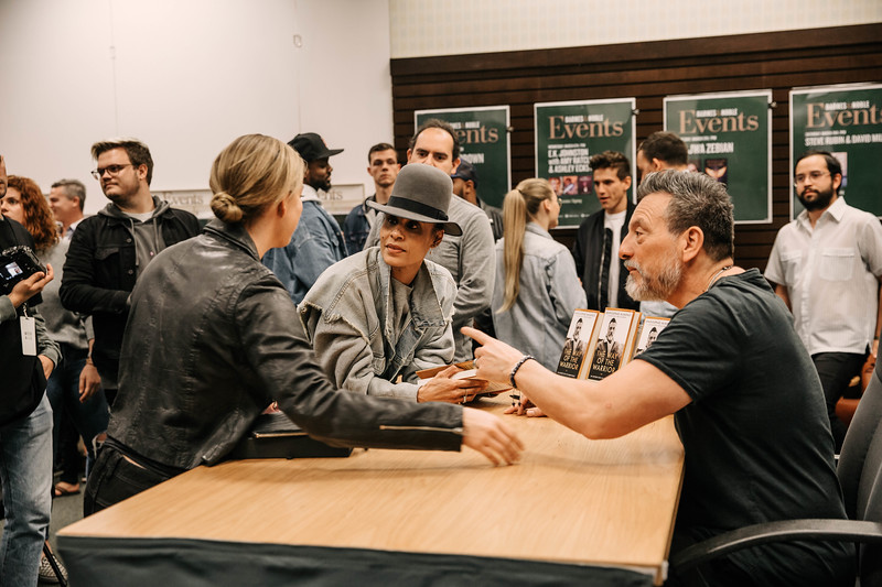 2019_2_28_TWOTW_BookSigning_SP_141.jpg