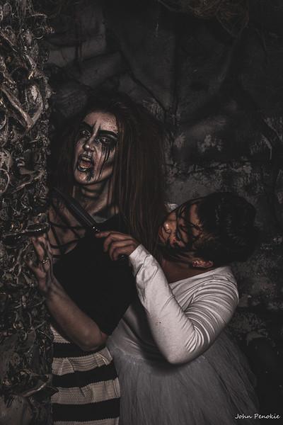 Event: Monsters Model Motars (MMM) 2019  Model: Molly Hale Hair: Self MUA: Self SFX MUA: Bridget Marie  Model: Nikki Castle / Tietz FX: Clerra Oshefsky FX: Alicia O'Donnell MUA: Self Hair: Self  Photographer: John Penokie / EyeOnYouPhotos.com