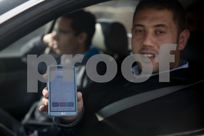 new-apps-help-palestinians-navigate-israeli-checkpoints