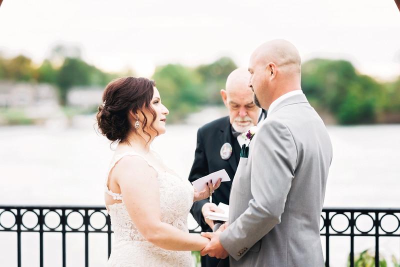 chateau-on-the-river-trenton-michigan-wedding-0290.jpg