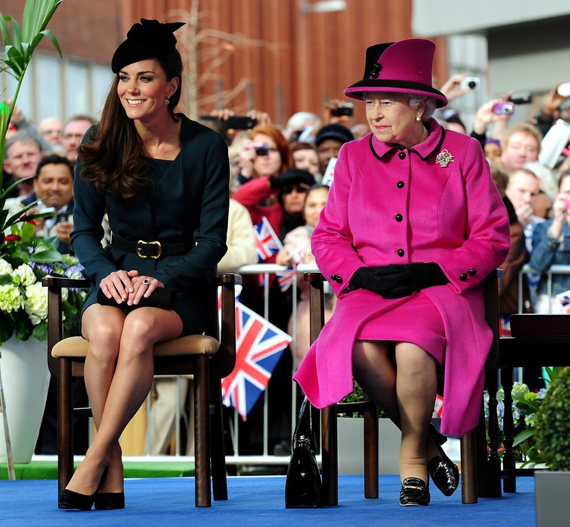 ". <p>6. DUCHESS KATE <p>Showing a little too much leg, and upper thigh, for the Queen�s tastes. (unranked) <p><b><a href=\'http://www.dailymail.co.uk/femail/article-2550166/Out-short-skirts-tiaras-Its-Kates-regal-makeover-order-Queen.html\' target=""_blank\""> HUH?</a></b> <p>    (Rui Vieira - WPA Pool/Getty Images)"