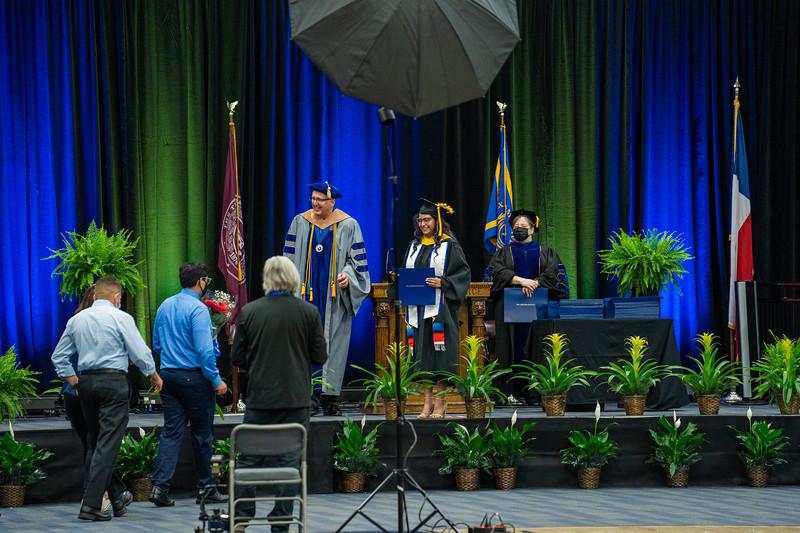 M21073-Graduation-01844.jpg