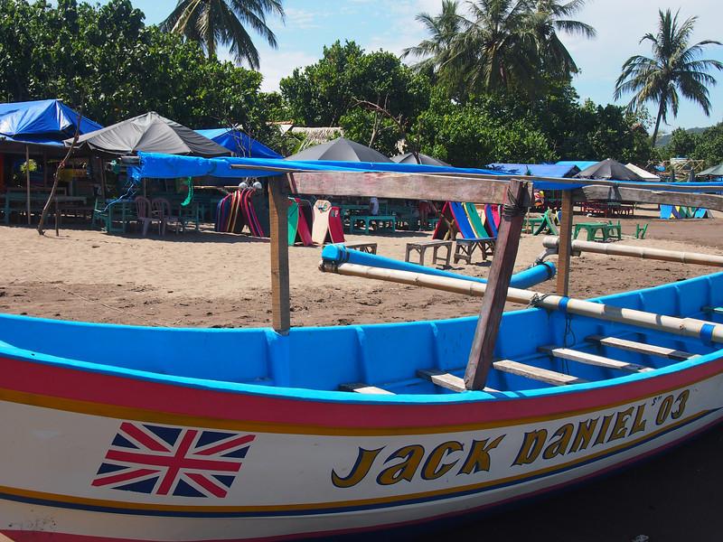 P4096518-jack-daniel-boat.JPG