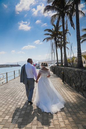 Carly and Dave's wedding photography The Amura, Puerto Calero, Lanzarote