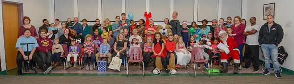 2016 Students With Children Christmas Party