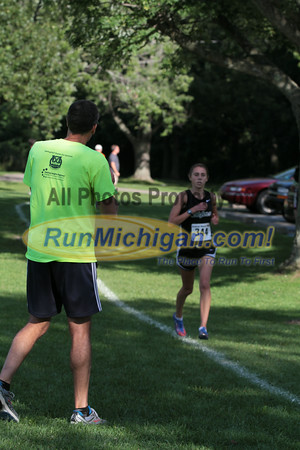Girls Varsity 1.25 Mile mark - 2014 Budd Cicciarelli Adams Invitational