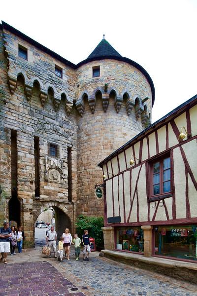 Prison gate, town of Vannes, departament de Morbihan, Brittany, France