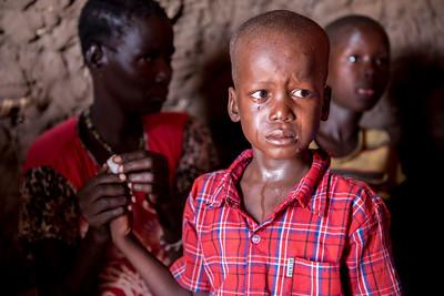 Turkana: Rapid testing in a manyatta (outside Lodwar)