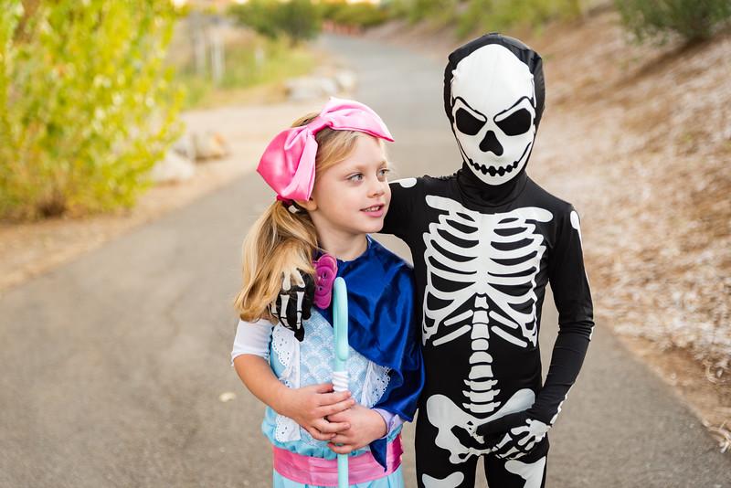 Colton and Paisley Halloween 2019-9059.jpg