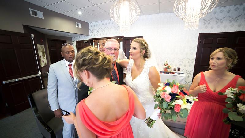 Laura & AJ Wedding (0858).jpg