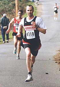 2000 Hatley Castle 8K - Steve Bachop edges Alex Coffin