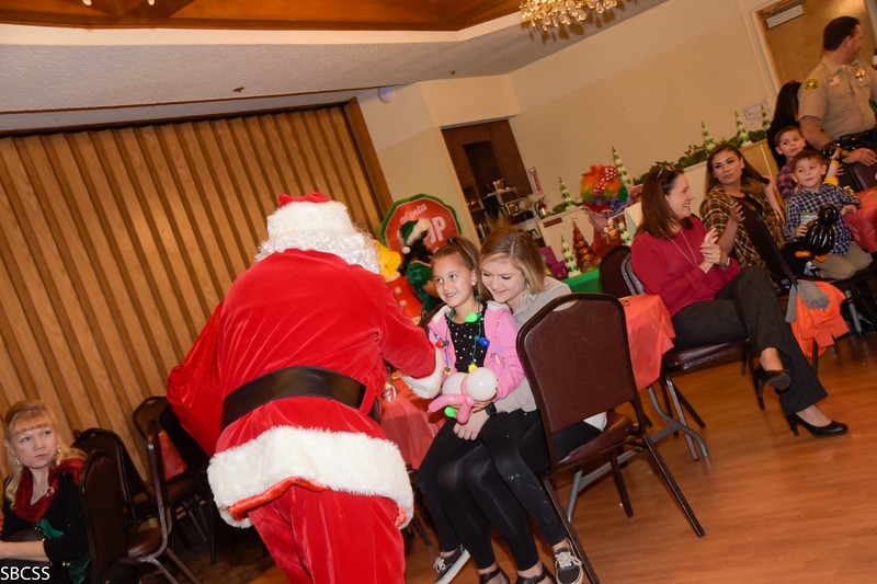 20191212_ChildrenDeserveSuccessHolidayCelebration-40.jpg