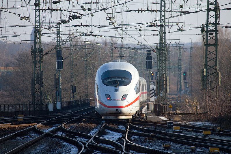 "Here's one of the few Dutch-owned ICE3M (for multi-system) trainsets departing Aachen for Frankfurt. You can just see the ""Hispeed"" logo where usually the ""DB"" logo would be placed on the nose."
