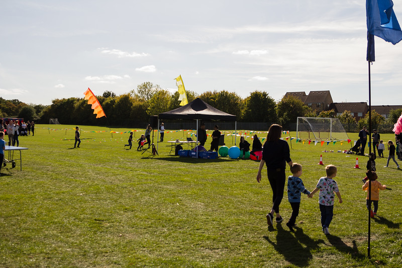bensavellphotography_lloyds_clinical_homecare_family_fun_day_event_photography (229 of 405).jpg