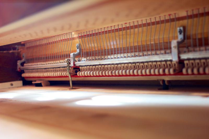 Piano tuning 2014-06-06 004