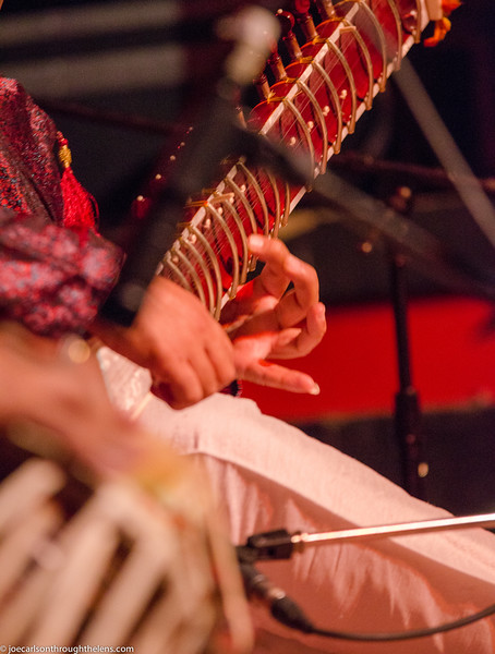 Mohamed concert 7 Aug 2015 Joe Carlson-23.jpg