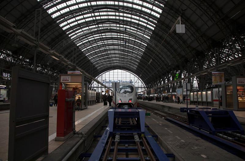 Frankfurt_station.jpg