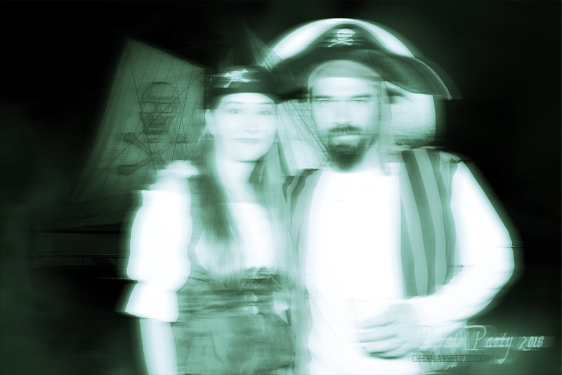 102718 - Pirate Party - BRAND BOOTH