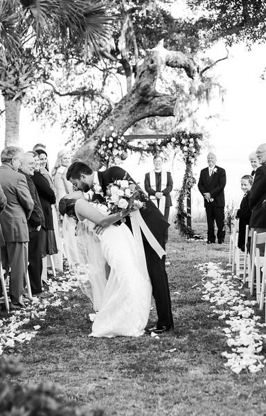 Elegant-Southern-Coastal-Wedding-Neutral-And-White-Details-Photography-By-Laina-Dade-City-Tampa-Area-Wedding-Photographer-Laina-Stafford--46.jpg